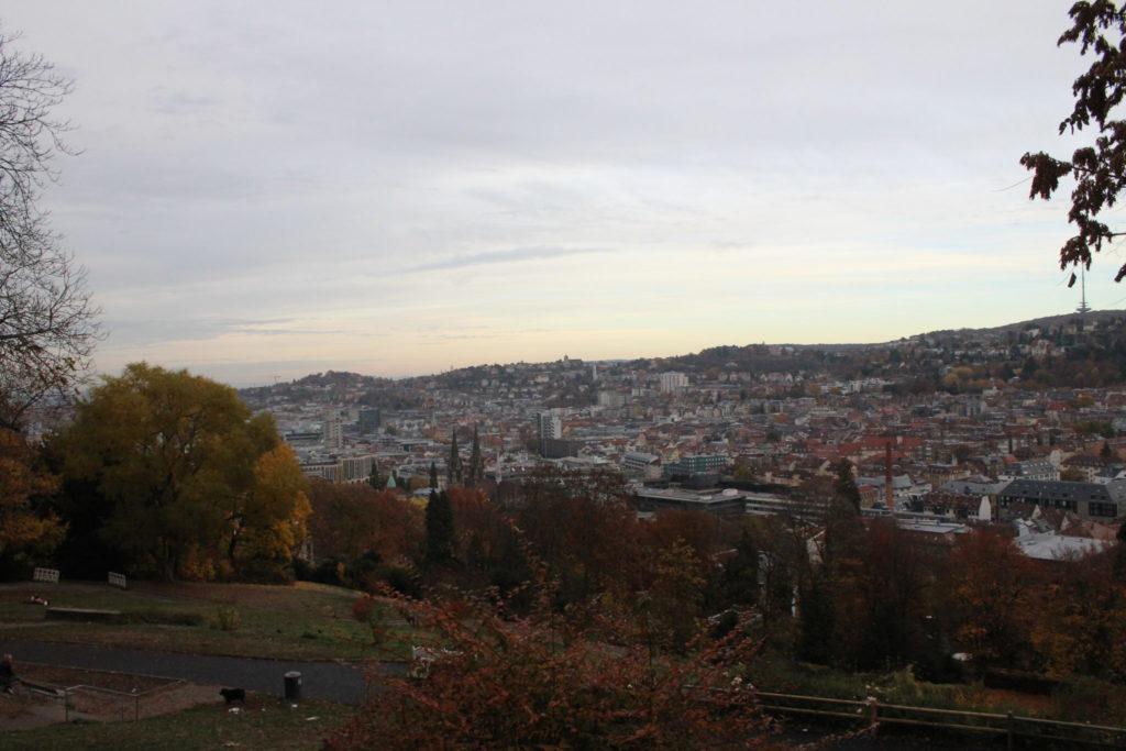 Karlshöhe - Blick auf Stuttgarter Sehenswürdigkeiten