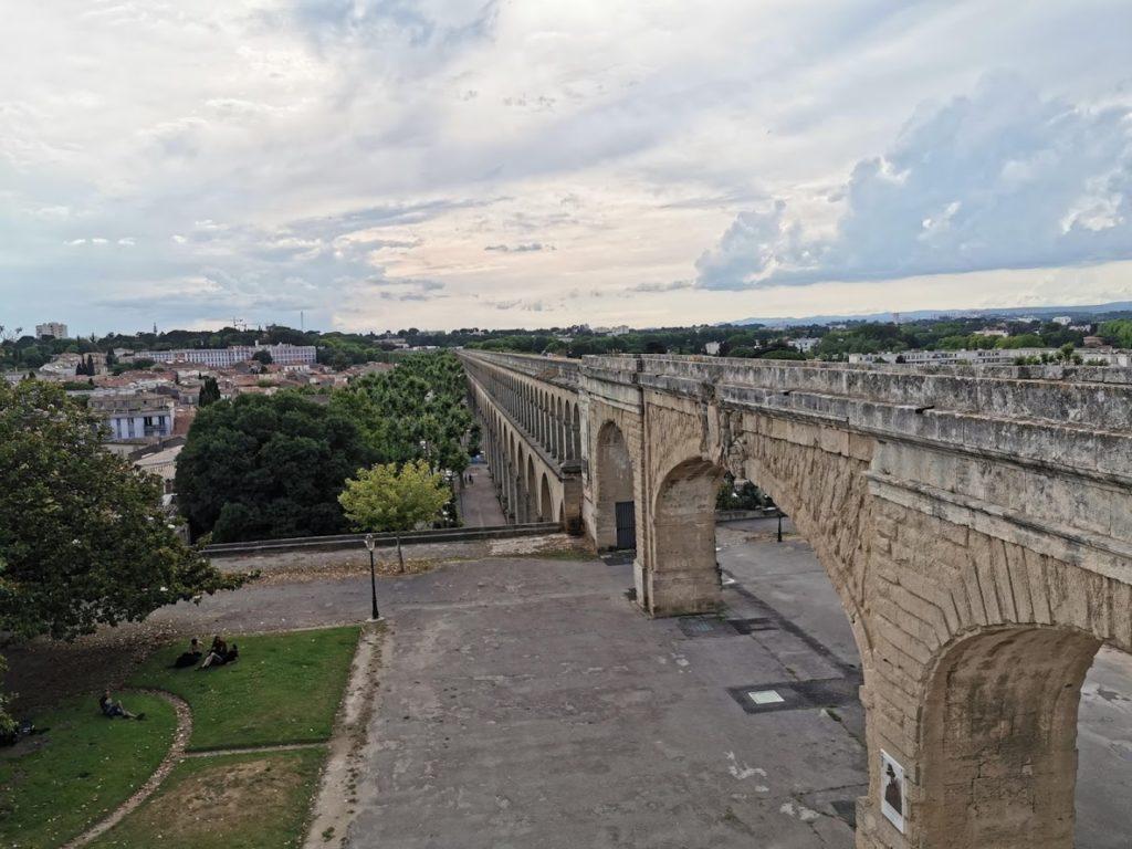 Aqueduct am Peyrou Platz