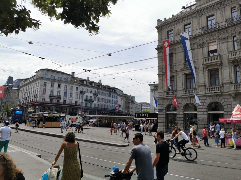 Zürich Sehenswürdigkeiten, der Paradeplatz