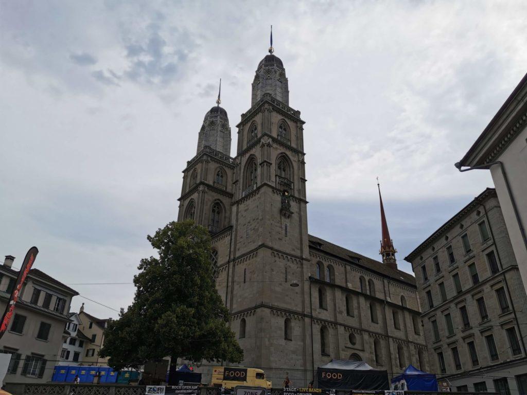Attraktion Zürichs, das Grossmünster
