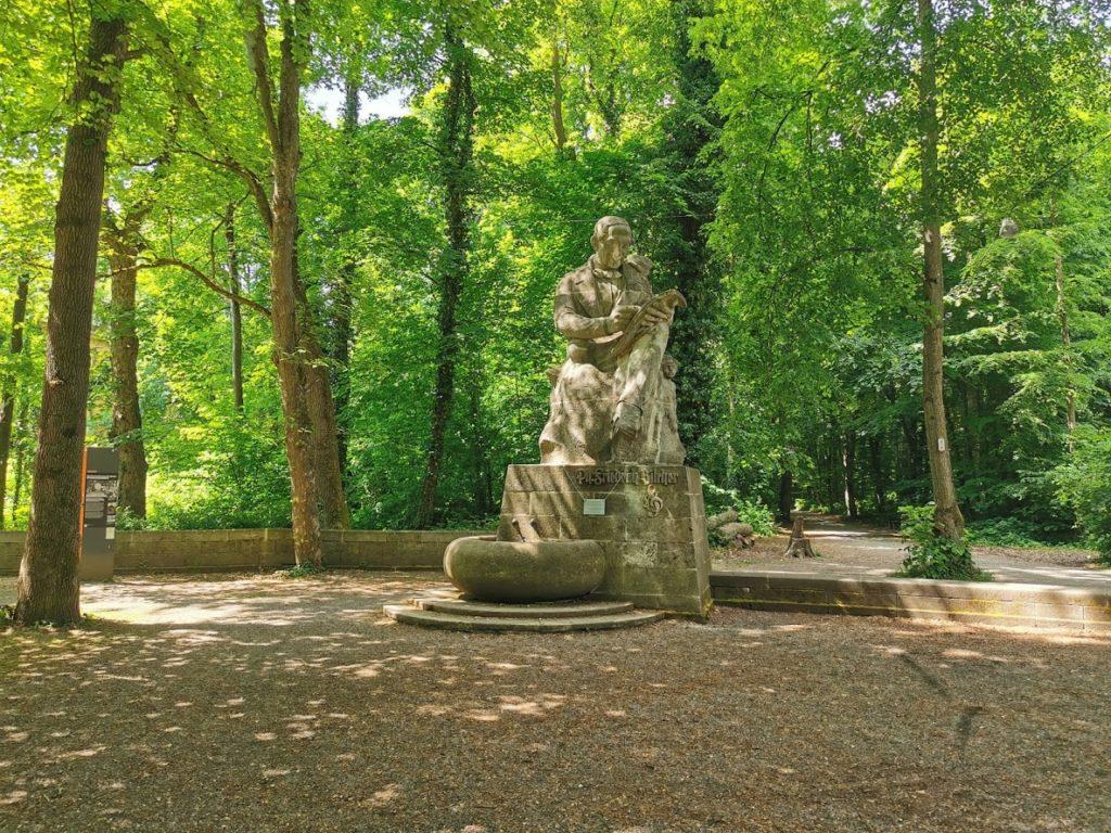 Silcher Denkmal auf der Neckarinsel